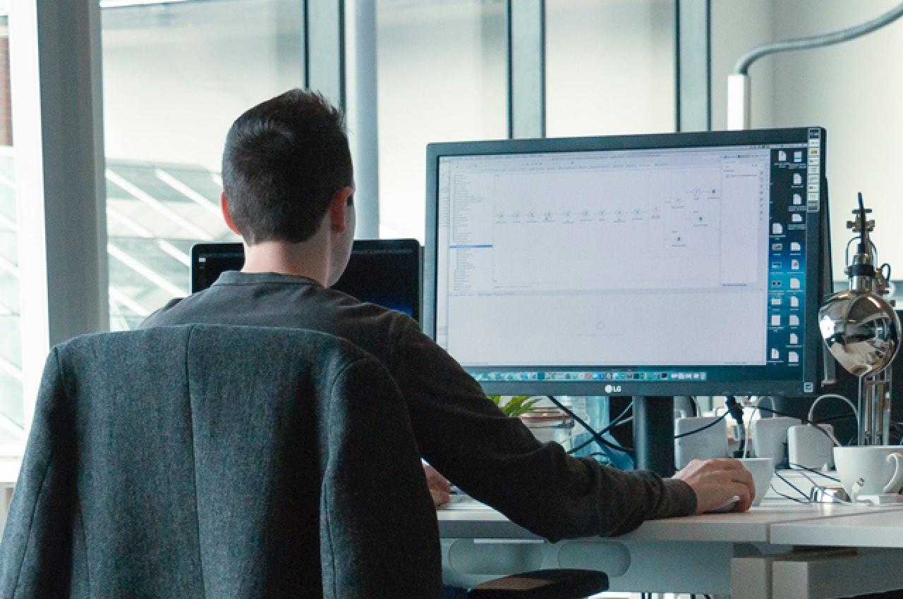 Integration consultant Dieter werkt in Mulesoft Anypoint Studio