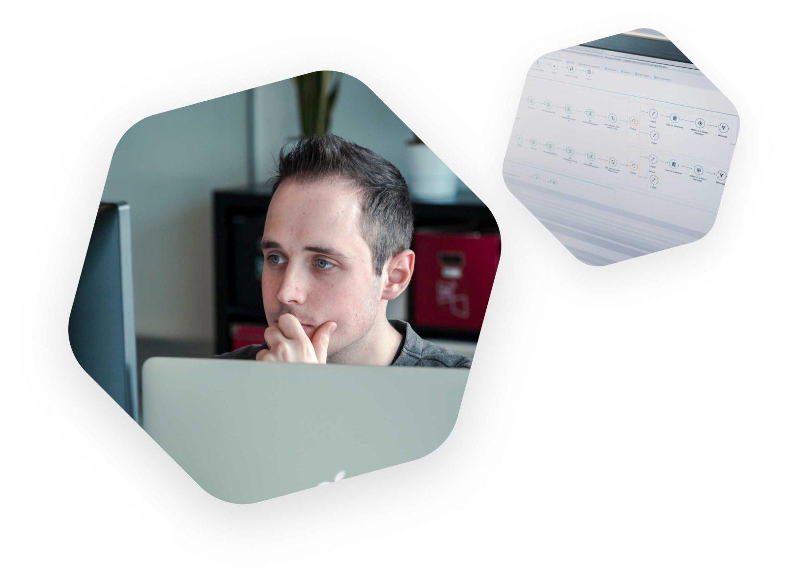 Een werkende Dieter en een scherm met Mulesoft Anypoint Studio